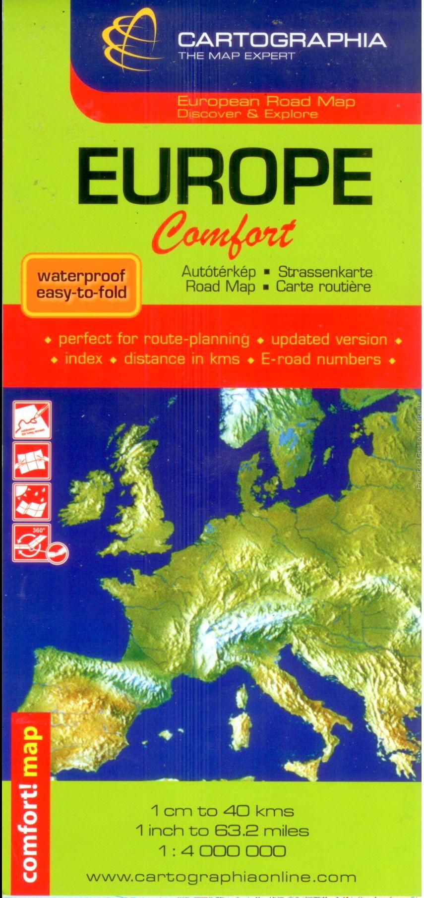 Európa műanyag borítású (vízhatlan) patent hajtogatású politikai színezésű autótérképe